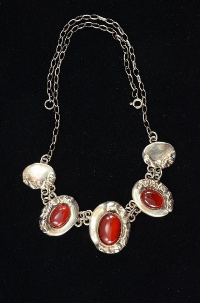 Vintage Ethnic Oval 925 Silver set with Carnelian Necklace Stamped