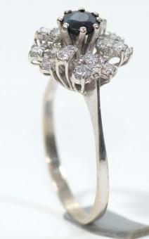 White Gold Ring !4 Karat Set With 20 Diamonds VS/H Total 0.4-0.5 Karat Size 9.5