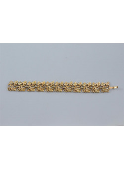 Vintage Designers Jewellry Signed Gold-tone Link Bracelet by Trifari